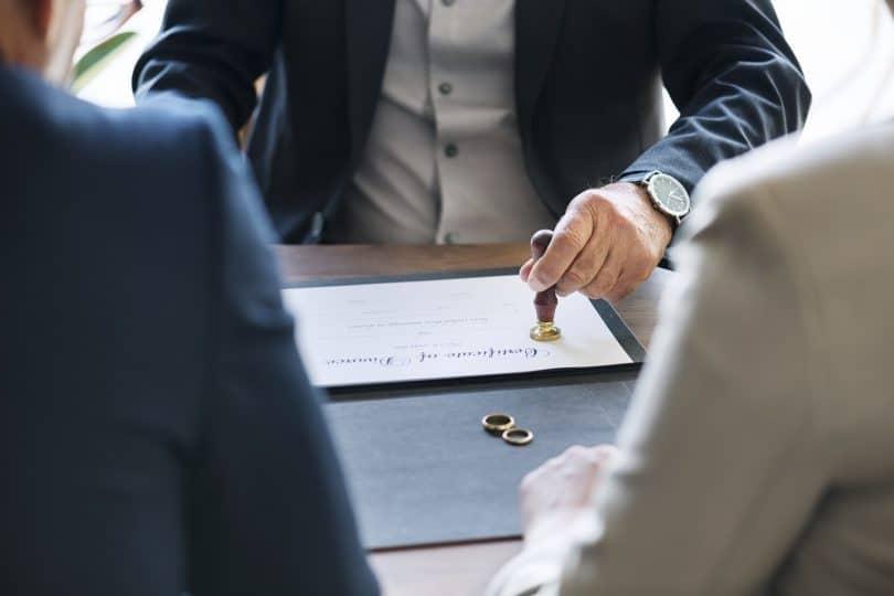 Фиктивный брак для получения гражданства плюсы и минусы